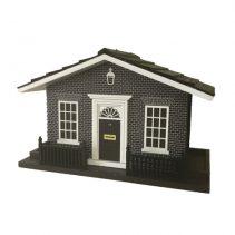 10-Downing-Street-Birdhouse